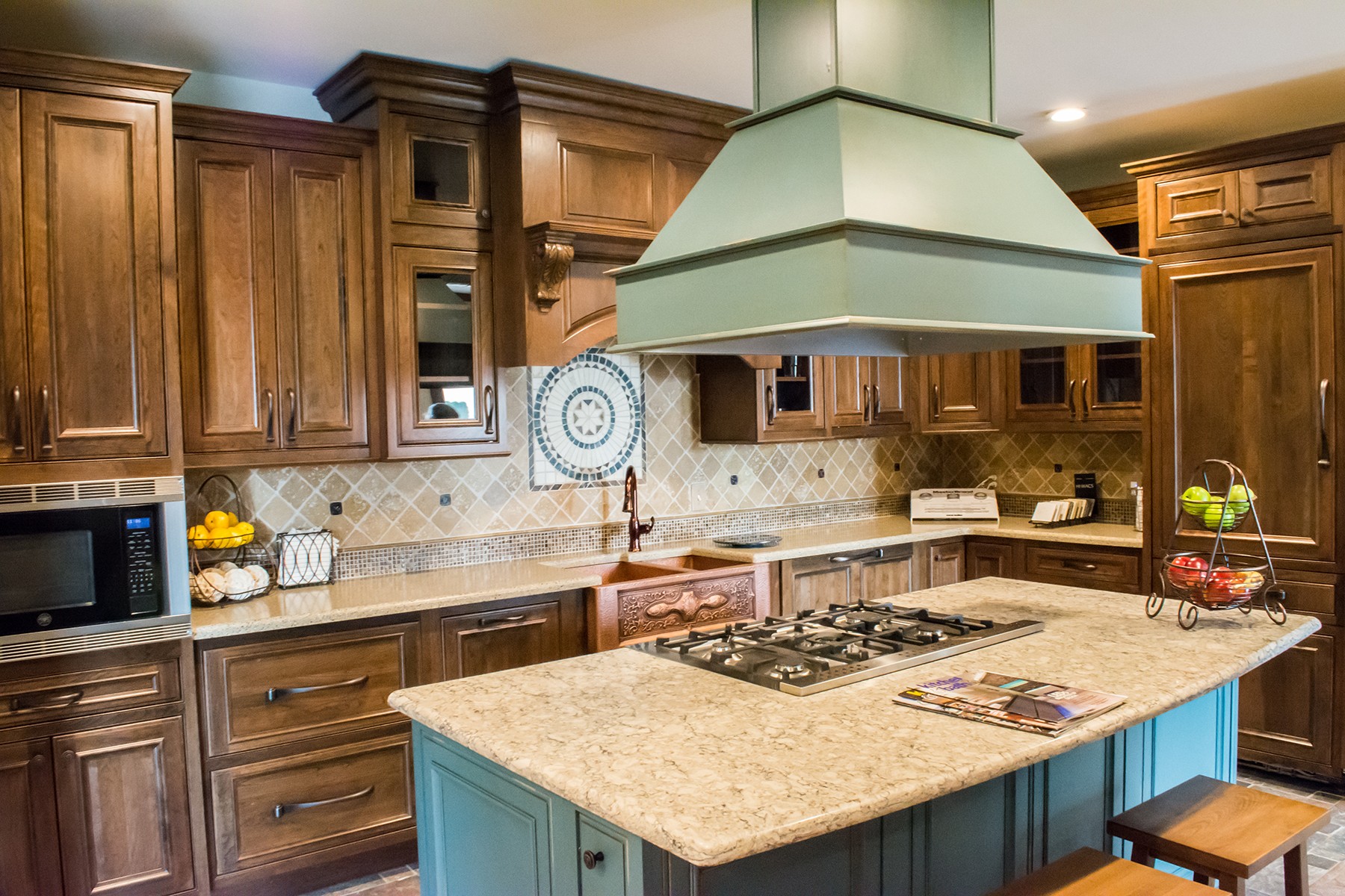 Kitchen and bath design by kight kitchen interiors for Bathroom remodel evansville in